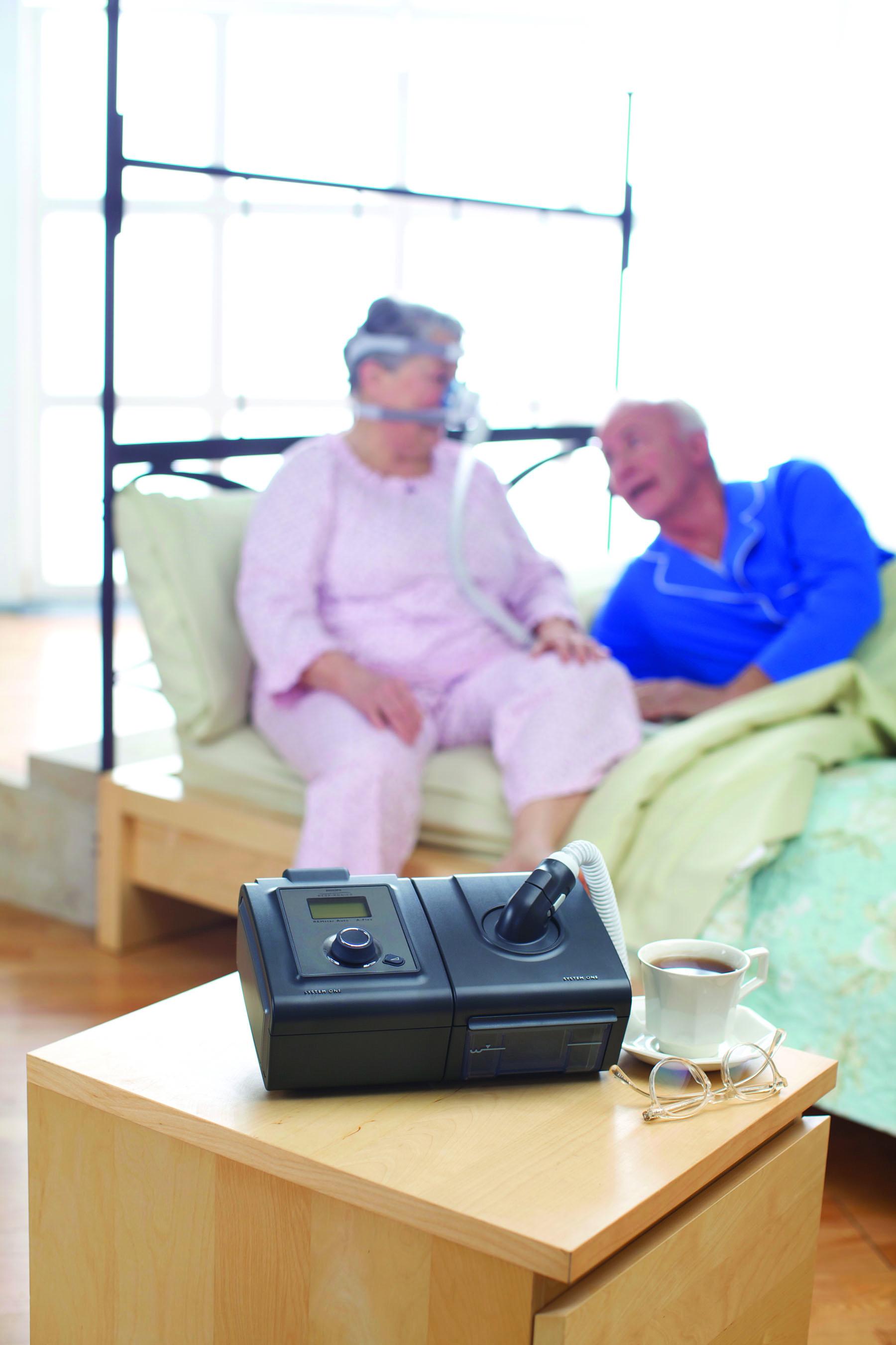 HeatedTubeInUse Bed high CPAP America #8E6C3D
